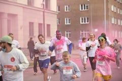 Συμμετέχοντες Holi που οργανώνεται σε Daugavpils Στοκ φωτογραφίες με δικαίωμα ελεύθερης χρήσης