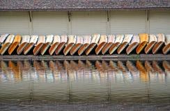 Συμμετρία μιας γραμμής βαρκών Στοκ φωτογραφίες με δικαίωμα ελεύθερης χρήσης