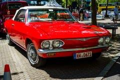 Συμπαγής μετατρέψιμη δεύτερη γενιά Chevrolet Corvair Monza αυτοκινήτων, 1969 Στοκ Εικόνες