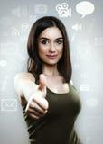 συμπαθητική γυναίκα Κοινωνική έννοια μέσων Στοκ φωτογραφία με δικαίωμα ελεύθερης χρήσης