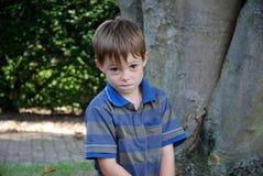 Συμπαθώ στη φάρσα, κακός να φανώ αγόρι Στοκ φωτογραφία με δικαίωμα ελεύθερης χρήσης
