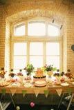 Συμπόσιο γαμήλιων γλυκών Στοκ Φωτογραφίες