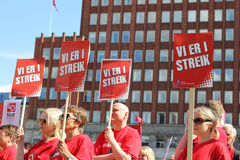 Συνάθροιση απεργίας στο Όσλο, Νορβηγία στοκ εικόνες