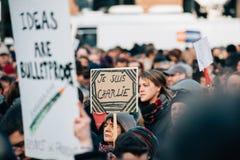 Συνάθροιση μαζικής ενότητας που διοργανώνεται στο Στρασβούργο μετά από τον πρόσφατο τρομοκράτη α Στοκ εικόνες με δικαίωμα ελεύθερης χρήσης