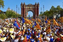 Συνάθροιση στην υποστήριξη για την ανεξαρτησία της Καταλωνίας στη Βαρκελώνη, Στοκ Φωτογραφία