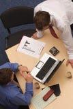 συνάντηση επιχειρηματιών στοκ εικόνες με δικαίωμα ελεύθερης χρήσης