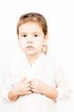 Συναισθηματική έκφραση του προσώπου του μικρού κοριτσιού - ηρεμία στοκ εικόνες με δικαίωμα ελεύθερης χρήσης