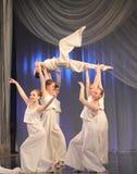 Συναισθηματικός χορός παιδιών Στοκ εικόνα με δικαίωμα ελεύθερης χρήσης