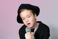 Συναισθηματικό τραγούδι Στοκ φωτογραφία με δικαίωμα ελεύθερης χρήσης