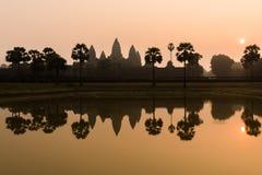 Συναρπαστική ανατολή στο antient παλαιό ναό Angkor Wat, Καμπότζη Στοκ Εικόνες