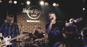 Συναυλία του Si Zdub Zdob στον καφέ σκληρής ροκ, Βουκουρέστι στοκ φωτογραφίες