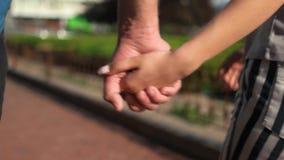 συνδέστε κάθε χέρια κρατών& απόθεμα βίντεο