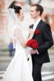 συνδέστε τις γαμήλιες ν&epsi στοκ εικόνες