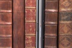 συνδεδεμένο βιβλία δέρμα Στοκ Εικόνα
