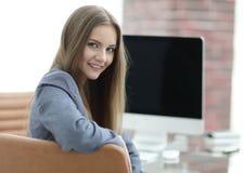 Συνεδρίαση διευθυντών γυναικών στον εργασιακό χώρο Στοκ εικόνα με δικαίωμα ελεύθερης χρήσης