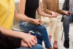 Συνεδρίαση της ομάδας στήριξης Κύκλος εμπιστοσύνης Στοκ Εικόνες