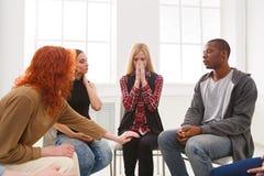 Συνεδρίαση της ομάδας στήριξης, σύνοδος θεραπείας στοκ εικόνες με δικαίωμα ελεύθερης χρήσης