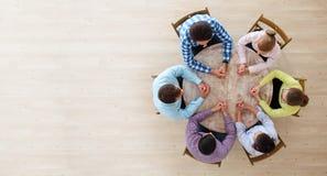 Συνεδρίαση του 'brainstorming' ομαδικής εργασίας Στοκ φωτογραφία με δικαίωμα ελεύθερης χρήσης