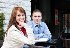 συνεργάτες επιχειρησιακής συνεδρίασης στοκ φωτογραφία με δικαίωμα ελεύθερης χρήσης