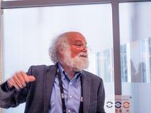 Συνεργάτης της IBM στη IBM Διαδίκτυο του τμήματος John Cohn πραγμάτων Στοκ Φωτογραφίες