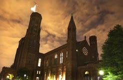 συνεχής μπροστινή νύχτα σμιθσονιτική Ουάσιγκτον κάστρων Στοκ εικόνες με δικαίωμα ελεύθερης χρήσης