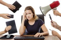 Συνεδρίαση επιχειρησιακών γυναικών στο γραφείο Στοκ εικόνες με δικαίωμα ελεύθερης χρήσης