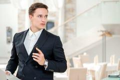 Συνεδρίαση με έναν πελάτη Βέβαιος και επιτυχής επιχειρηματίας stan Στοκ φωτογραφία με δικαίωμα ελεύθερης χρήσης