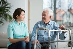 Συνεδρίαση με τη νοσοκόμα Στοκ εικόνα με δικαίωμα ελεύθερης χρήσης
