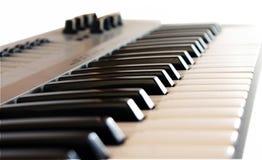 συνθέτης μουσικό saxophone μερών οργάνων hornsection Απομονωμένο αντικείμενο στο άσπρο backgr Στοκ Εικόνες