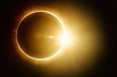 Συνολική ηλιακή έκλειψη απεικόνιση αποθεμάτων