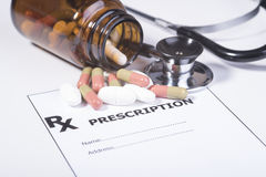 Συνταγή για τα φάρμακα ενάντια στις ασθένειες Στοκ εικόνα με δικαίωμα ελεύθερης χρήσης