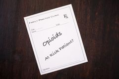 Συνταγή οπιούχων - σε κίνδυνο ασθενής στοκ φωτογραφίες