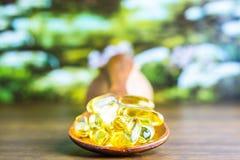 Συνταγή φαρμάκων για το φάρμακο επεξεργασίας Φαρμακευτικό φάρμακο, θεραπεία στο εμπορευματοκιβώτιο για την υγεία Θέμα φαρμακείων Στοκ Εικόνες