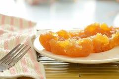 Συντηρημένος ανακατώστε τα ταϊλανδικά γλυκά τρόφιμα ανανά στο πιάτο Στοκ φωτογραφίες με δικαίωμα ελεύθερης χρήσης