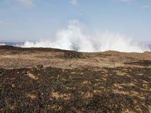 συντρίβοντας κύματα Στοκ Φωτογραφίες