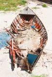(Συντριβή βαρκών) στην παραλία Hua - Hin στοκ εικόνα