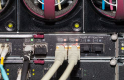 Συνδέσεις σε έναν κεντρικό υπολογιστή σε μια περίφραξη Στοκ Φωτογραφίες