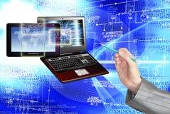 συνδέστε Νέα τεχνολογία υπολογιστών παραγωγής σύνδεση Στοκ Εικόνες