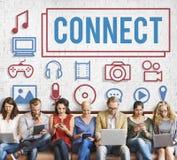 Συνδέστε την έννοια συσκευών ηλεκτρονικής πολυμέσων στοκ εικόνες