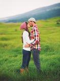 συνδέστε τις νεολαίες αγάπης Στοκ Φωτογραφίες