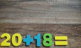 20 συν 18 είναι Η έννοια ενός νέου έτους 2018 Στοκ φωτογραφία με δικαίωμα ελεύθερης χρήσης