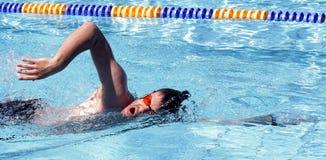 Συρθείτε κολυμπώντας επαγγελματίας Στοκ Φωτογραφία