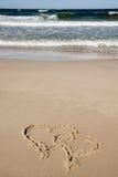 συρμένες παραλία καρδιές  Στοκ Φωτογραφίες