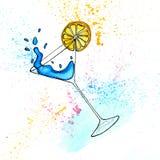 Συρμένη χέρι απεικόνιση Watercolor του μπλε κοκτέιλ martini στο γυαλί Στοκ εικόνα με δικαίωμα ελεύθερης χρήσης