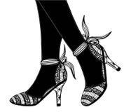 Συρμένη χέρι υψηλή απεικόνιση παπουτσιών τακουνιών Στοκ Εικόνες