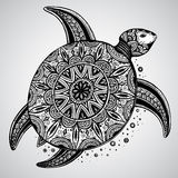 Συρμένη χέρι χελώνα doodle που διακοσμείται μονοχρωματική με την Ανατολή Στοκ φωτογραφίες με δικαίωμα ελεύθερης χρήσης