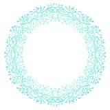 Συρμένο χέρι στεφάνι με τα μούρα και τους κλάδους κύκλος πλαισίων Στοκ Εικόνες