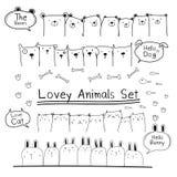 Συρμένο χέρι χαριτωμένο ζωικό σύνολο Doodle Περιλάβετε την αρκούδα, τη γάτα, το λαγουδάκι και τα σκυλιά Στοκ Φωτογραφίες