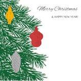 Συρμένο χέρι χριστουγεννιάτικο δέντρο με τα παιχνίδια: πίθηκος, κώνος στοκ εικόνες