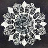 Συρμένο mandala μορφής λουλουδιών μανδρών πηκτωμάτων χέρι διανυσματική απεικόνιση
